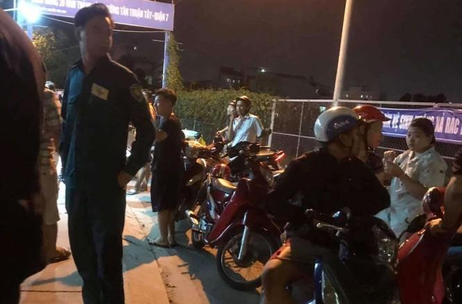 Nghi án tài xế taxi bị cướp cứa cổ trong đêm - ảnh 1