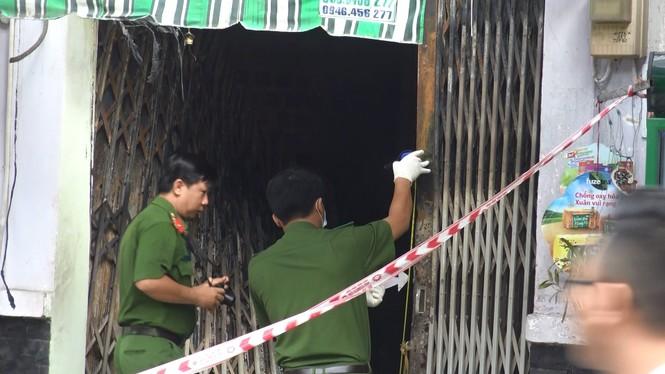 Nhân chứng vụ cháy làm 3 người chết: Oái oăm 2 lớp cửa bít lối thoát duy nhất - ảnh 3