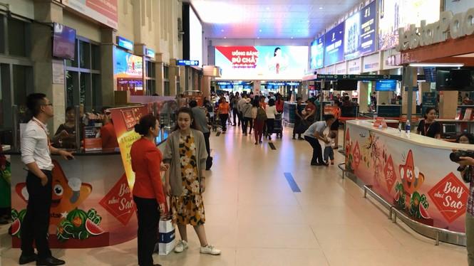 Sân bay Tân Sơn Nhất mất điện đột ngột lúc sáng sớm - ảnh 1