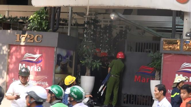 Nổ trạm biến áp ở Sài Gòn, nam thanh niên bị cháy đen - ảnh 1