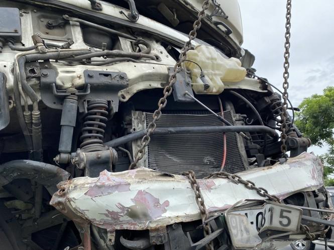 Nhân chứng vụ ô tô 'đấu đầu' 8 người chết tiếc nuối vì không đủ dụng cụ cứu nạn - ảnh 2