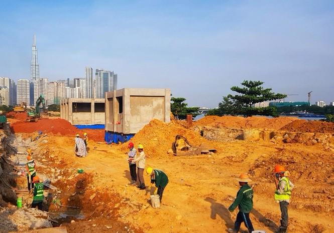 Công nhân chạy đua để hoàn thành nhà ga Ba Son - ảnh 7