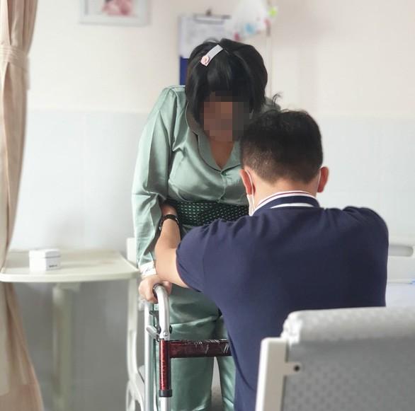 Sở Y tế TPHCM vào cuộc vụ sản phụ liệt nửa người sau sinh  - ảnh 1
