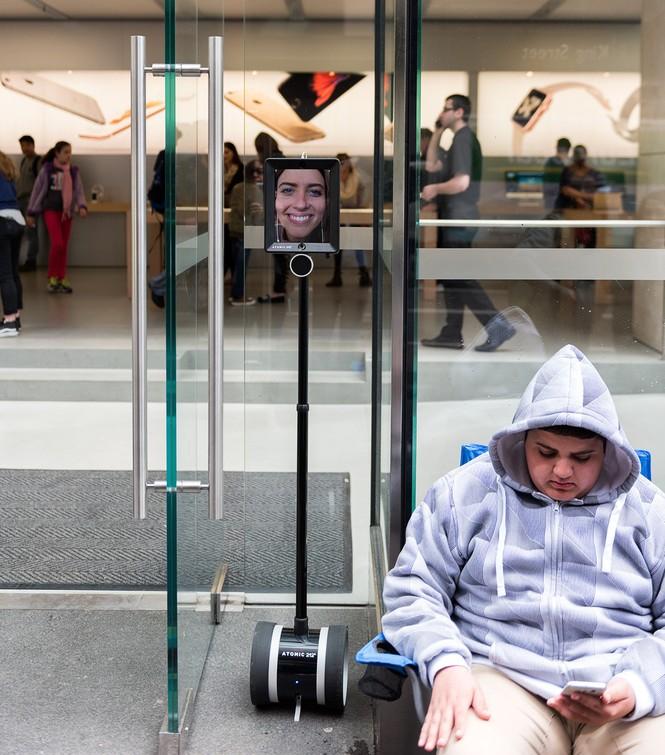 Dân Úc dầm mưa rét xếp hàng mua iPhone 6S - ảnh 6