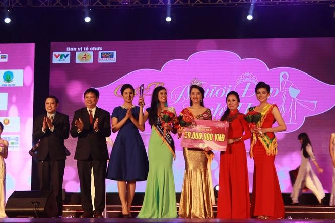 Nữ sinh báo chí đoạt quán quân cuộc thi Người đẹp Du lịch Huế - ảnh 9