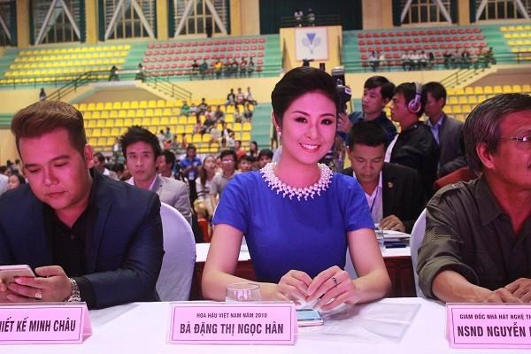 Nữ sinh báo chí đoạt quán quân cuộc thi Người đẹp Du lịch Huế - ảnh 1
