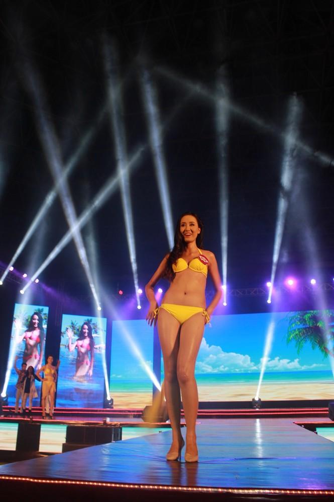 Nữ sinh báo chí đoạt quán quân cuộc thi Người đẹp Du lịch Huế - ảnh 4
