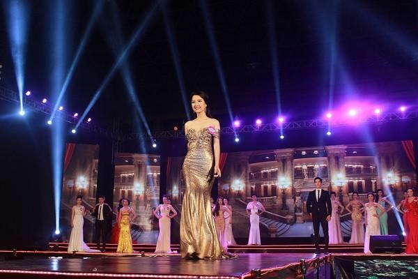 Nữ sinh báo chí đoạt quán quân cuộc thi Người đẹp Du lịch Huế - ảnh 7