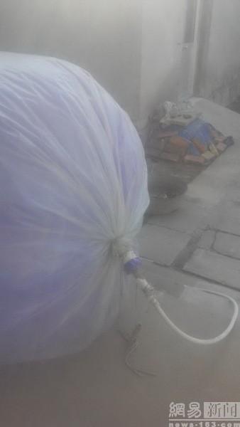 Hết hồn với chiêu mua khí gas bằng… túi nilon để nấu cơm - ảnh 5