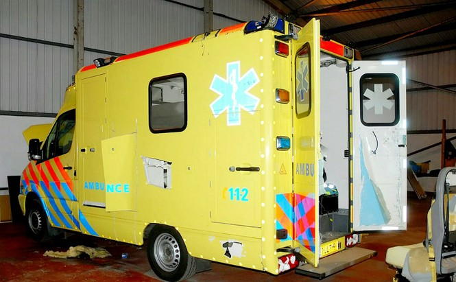 Phát hiện xe cứu thương lèn chặt ma túy trị giá hơn nghìn tỷ - ảnh 3