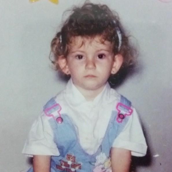Mỹ nữ Brazil than khổ vì quá giống Nữ hoàng băng giá - ảnh 8