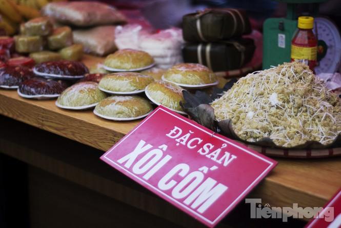 Người Hà Nội đội mưa rét đi chợ ở… bảo tàng - ảnh 12
