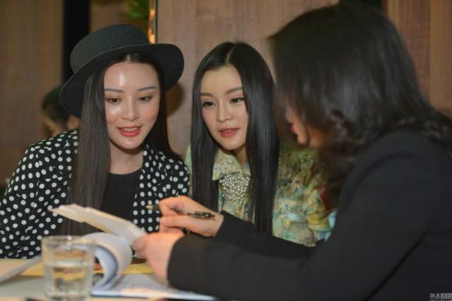 Hơn 2.000 phụ nữ tranh nhau cơ hội hẹn hò tỉ phú Dubai - ảnh 5