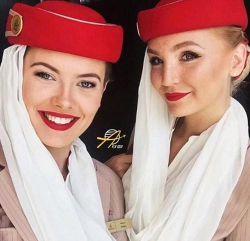 Tiếp viên của hãng hàng không nào gợi cảm nhất thế giới? - ảnh 4