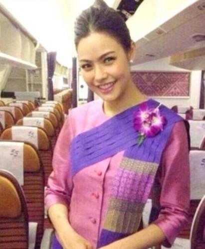 Tiếp viên của hãng hàng không nào gợi cảm nhất thế giới? - ảnh 8