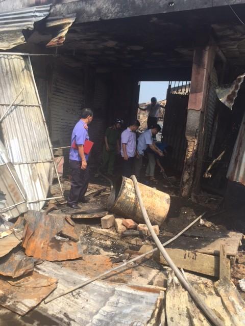 Hàng trăm tỷ hóa tro than trong vụ cháy chợ ở Hà Tĩnh - ảnh 5
