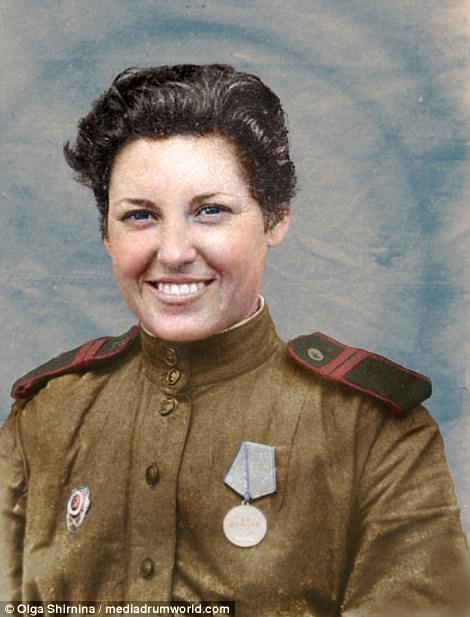 Chân dung nữ xạ thủ Nga được mệnh danh 'Quý bà chết chóc' - ảnh 15