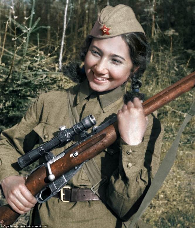 Chân dung nữ xạ thủ Nga được mệnh danh 'Quý bà chết chóc' - ảnh 14