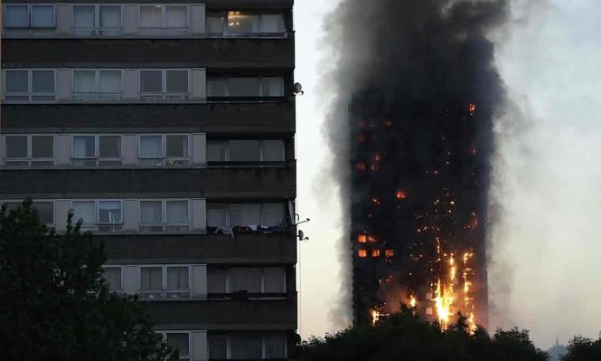 Những người thoát khỏi tòa nhà cháy rụi kể lại giây phút kinh hoàng - ảnh 2