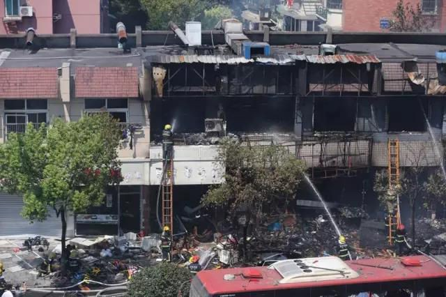 Tiệm mì nổ như bom, 57 người thương vong - ảnh 2