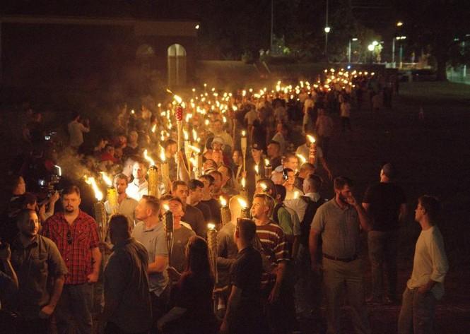Ông Trump hứa khôi phục trật tự nước Mỹ sau vụ bạo động ở Virginia - ảnh 1