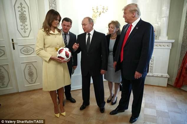 Chuyện gì đã xảy ra với trái bóng Tổng thống Nga tặng ông Trump? - ảnh 5