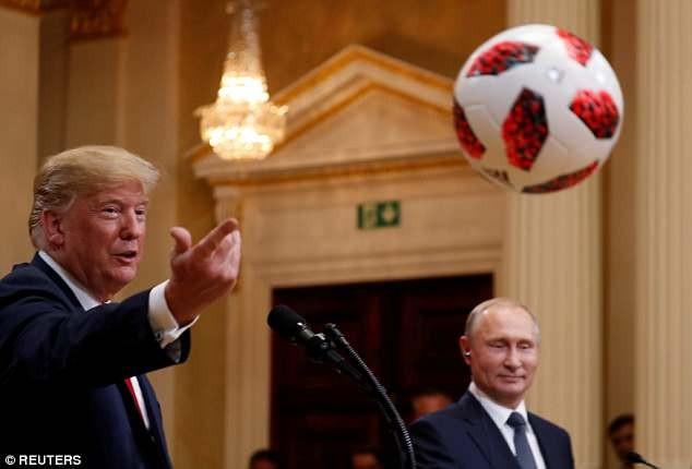 Chuyện gì đã xảy ra với trái bóng Tổng thống Nga tặng ông Trump? - ảnh 2