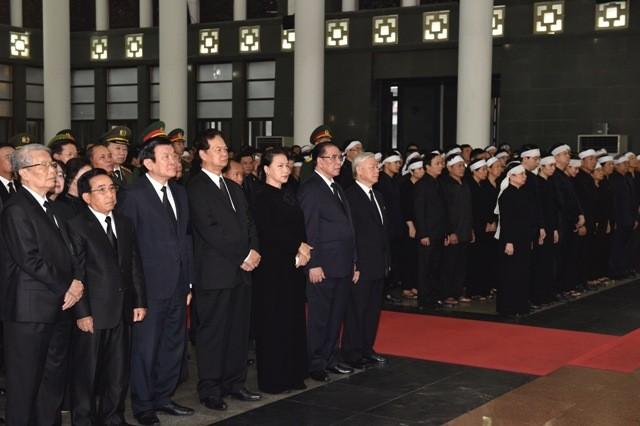 Hình ảnh xúc động tại lễ truy điệu Chủ tịch nước Trần Đại Quang - ảnh 4
