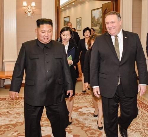 Ông Kim Jong-un nói gì với Ngoại trưởng Mỹ trong cuộc gặp dài 3,5 giờ? - ảnh 1