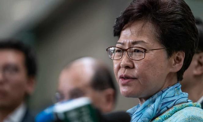Lãnh đạo Hong Kong sốc vì người biểu tình phá hoại tòa nhà hành chính - ảnh 1