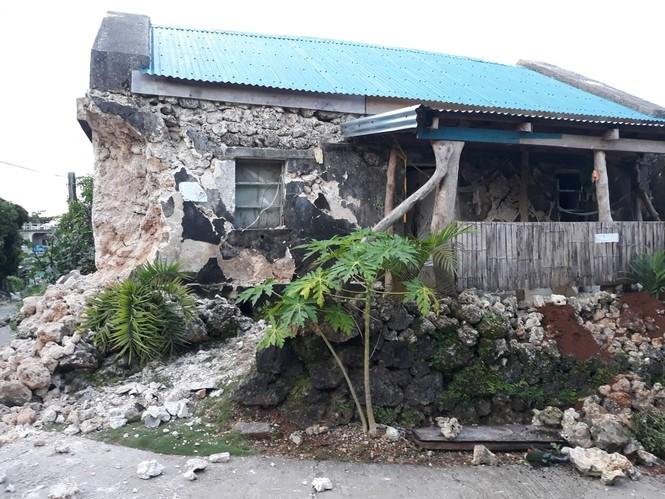 Philippines: Ba trận động đất liên tiếp, gần 70 người thương vong - ảnh 1