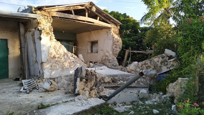 Philippines: Ba trận động đất liên tiếp, gần 70 người thương vong - ảnh 2