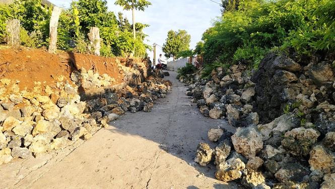 Philippines: Ba trận động đất liên tiếp, gần 70 người thương vong - ảnh 3