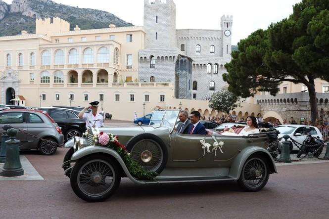 Chân dung nàng dâu gốc Việt yêu kiều của Hoàng gia Monaco - ảnh 10