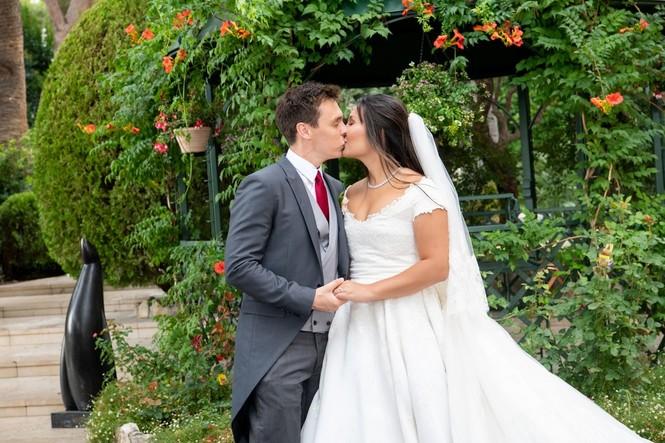 Chân dung nàng dâu gốc Việt yêu kiều của Hoàng gia Monaco - ảnh 9