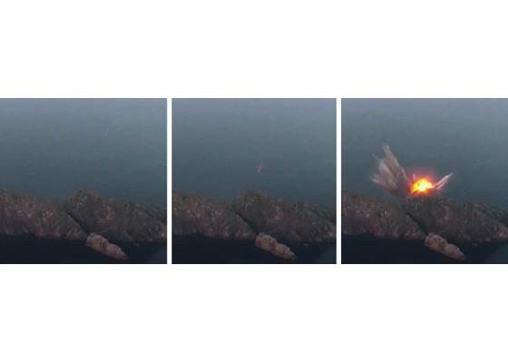 Xem tên lửa Triều Tiên bay qua thủ đô, bắn trúng mục tiêu trên biển - ảnh 13