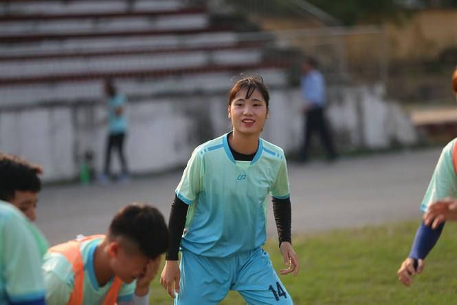 Thu nhập 1,3 triệu/tháng và kiếp sống mòn ở CLB bóng đá nữ Thái Nguyên - ảnh 7