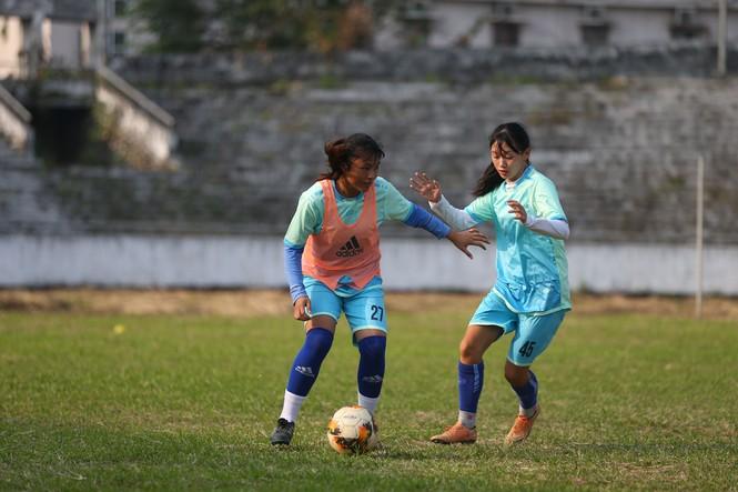 Thu nhập 1,3 triệu/tháng và kiếp sống mòn ở CLB bóng đá nữ Thái Nguyên - ảnh 6