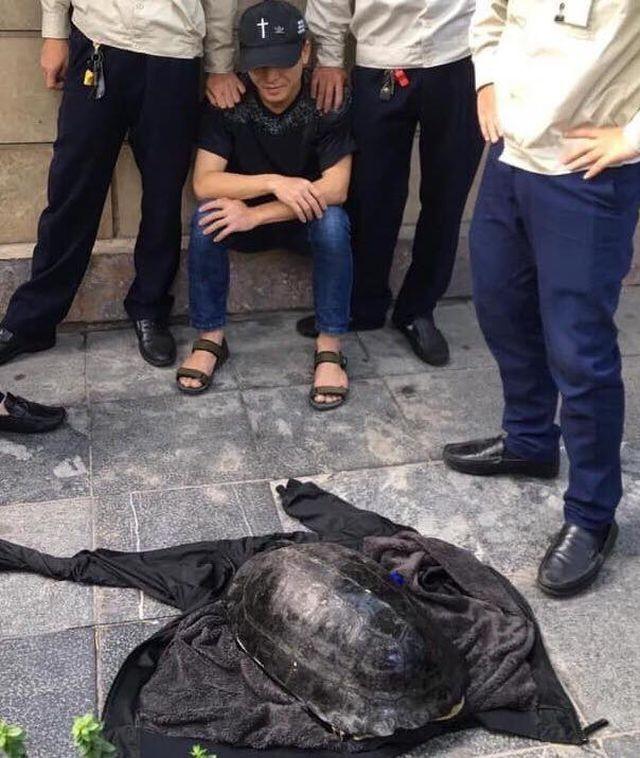 Vụ câu trộm rùa Hồ Gươm: Bất ngờ tìm được người thân biệt tích suốt 5 năm - ảnh 1
