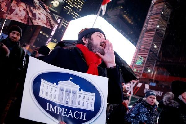 Dân Mỹ rủ nhau xuống đường ủng hộ luận tội Tổng thống Trump - ảnh 9
