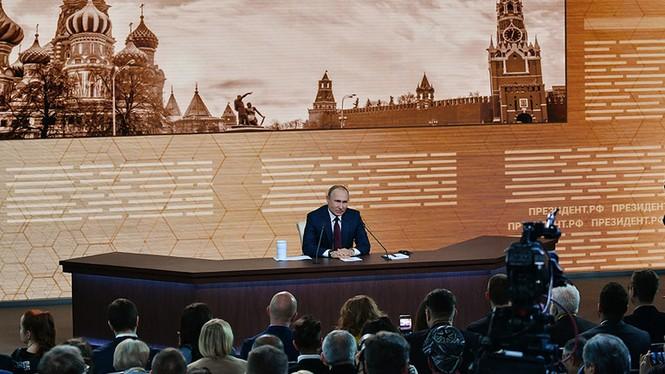 Ông Putin tiết lộ hai khoảnh khắc tồi tệ nhất trong nhiệm kì Tổng thống - ảnh 2