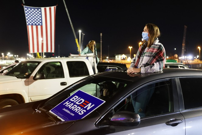 Mỹ sắp có cuộc bầu cử nhiều người bỏ phiếu nhất trong một thế kỉ - ảnh 14