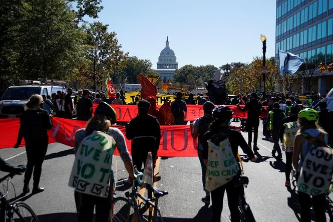 Mỹ: Biểu tình hậu bầu cử lan khắp nước Mỹ, 60 người bị bắt - ảnh 8