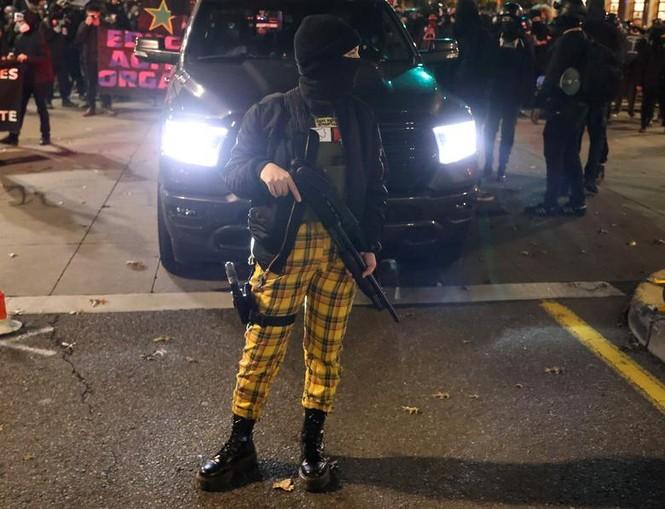 Mỹ: Biểu tình hậu bầu cử lan khắp nước Mỹ, 60 người bị bắt - ảnh 4