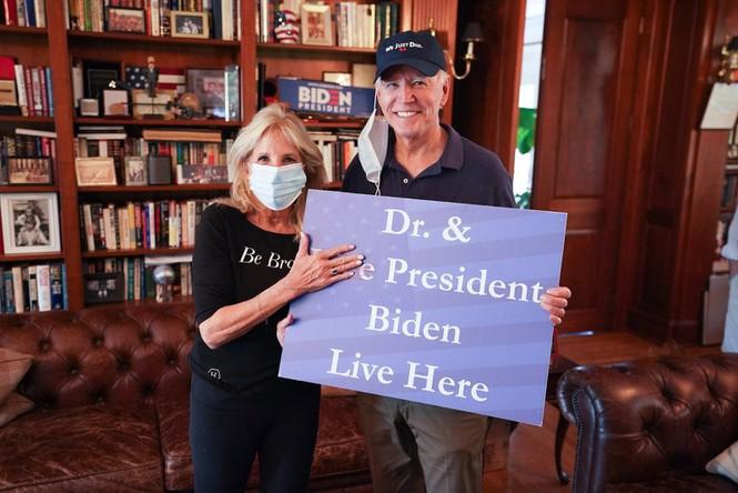 Cháu gái chia sẻ khoảnh khắc ông Biden nhận tin đắc cử Tổng thống - ảnh 2