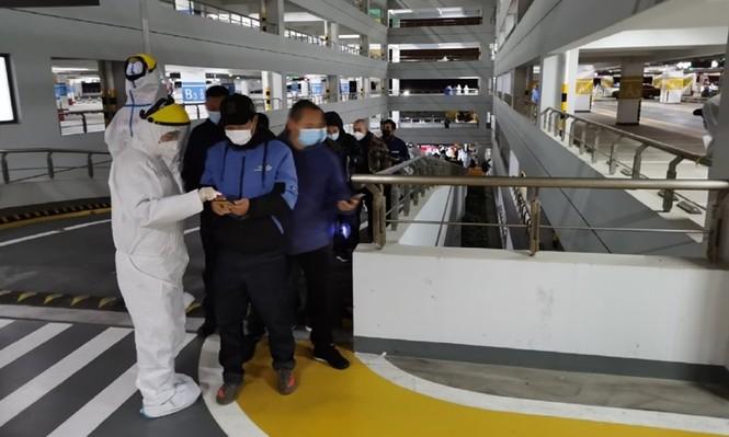 Thượng Hải: Sân bay đóng cửa, xét nghiệm nhân viên vì phát hiện ổ dịch COVID-19 - ảnh 1