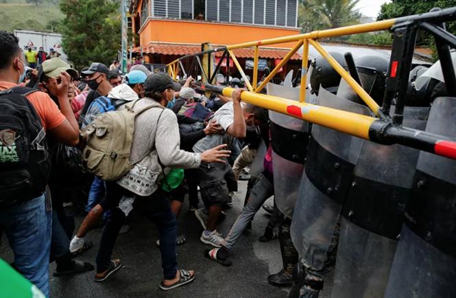 Hàng ngàn người di cư đổ về biên giới Mỹ, chờ chính sách mới của ông Biden - ảnh 2