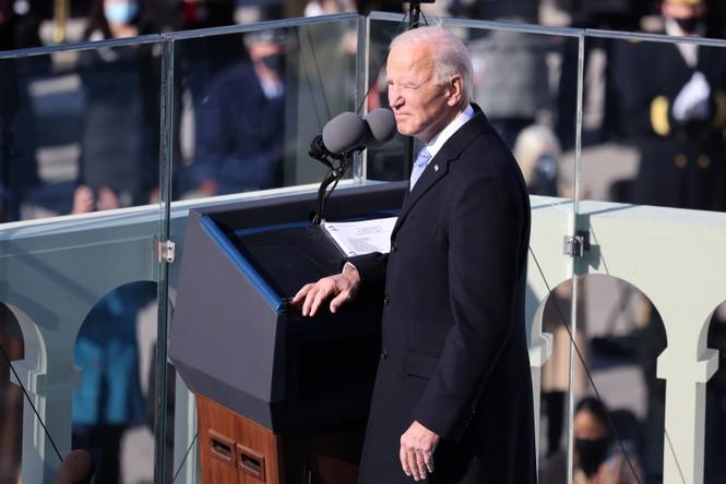 Trực tiếp: Ông Joe Biden tuyên thệ nhậm chức Tổng thống Mỹ thứ 46 - ảnh 5