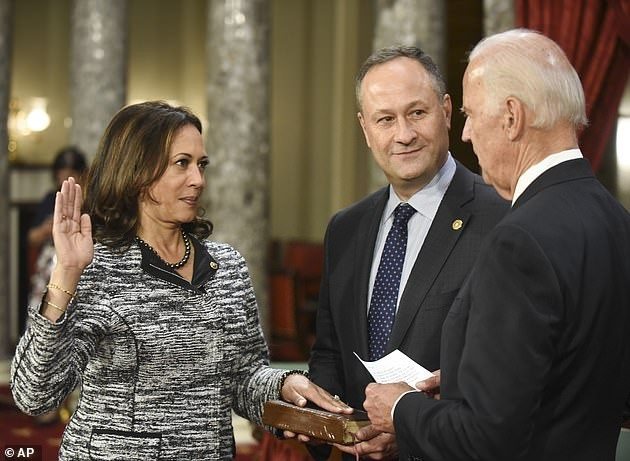 The husband revealed his love for the US Vice President at first sight - photo 5