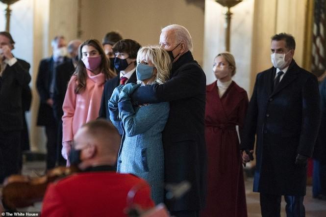 Loạt ảnh hiểm về cuộc sống trong Nhà Trắng của Tổng thống Joe Biden - ảnh 4